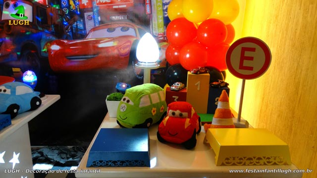 Decoração mesa tema infantil Carros (Disney) - Provençal