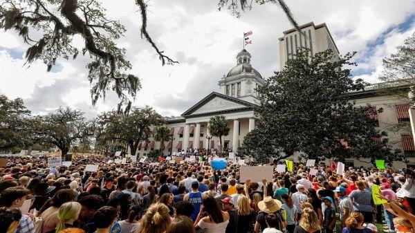 Soñadores protestan contra políticas migratorias de Trump