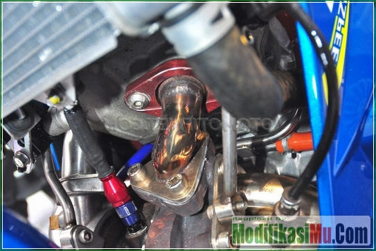 Piping Custom Untuk Turbo - Video Cara Modifikasi Suzuki Satria F150 Injeksi Turbo Dengan Turbocharger Motor