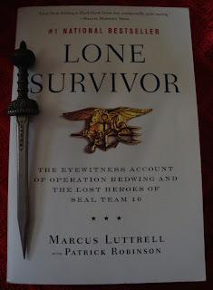 Portada del libro Lone Survivor, de Marcus Luttrell y Patrick Robinson