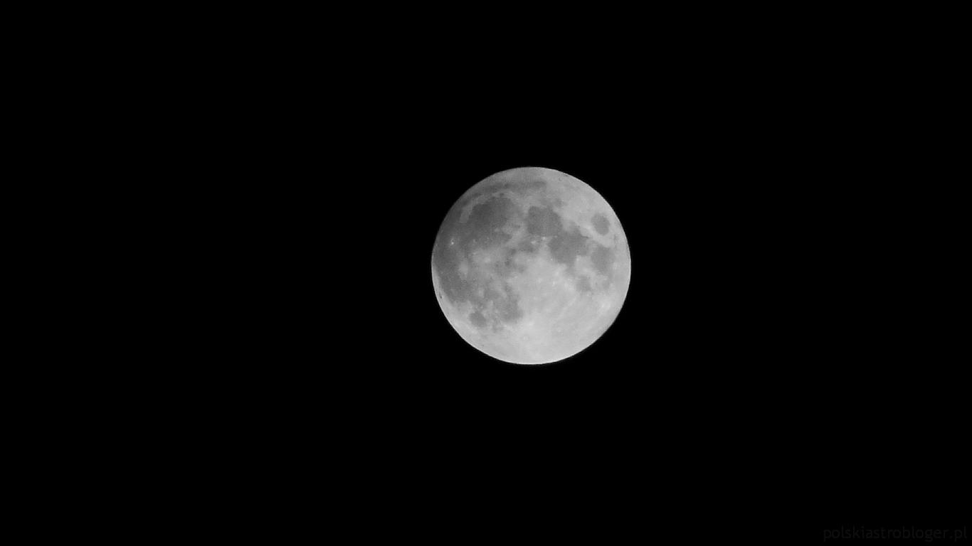 00:33 CET