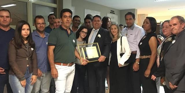 Mato Rico recebe certificado Prêmio Gestor Público Paraná