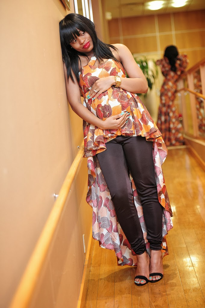 Curious ebony pregnant babes