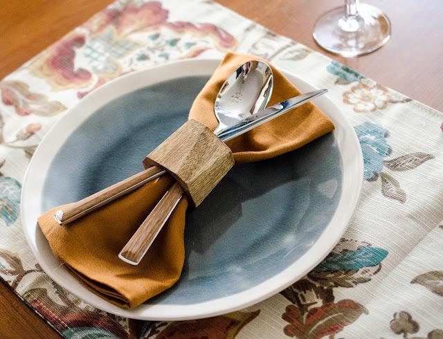 rustic-fall-table-setting
