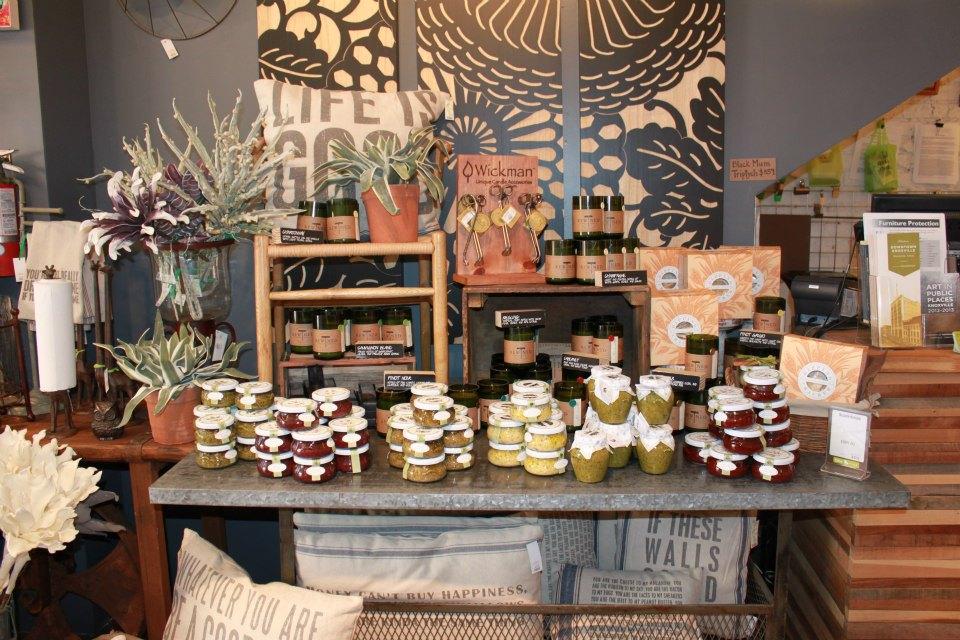 Decorella: Shop Local: Small Business Saturday