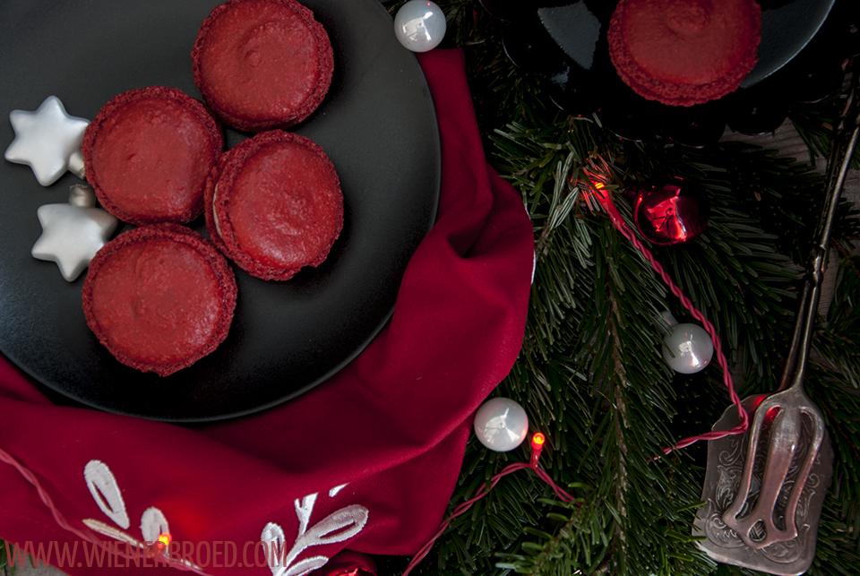 Glögg-Macarons / Mulled wine macaron | [wienerbroed.com] for 'The Sugarprincess Christmas Cookie Club 2016'