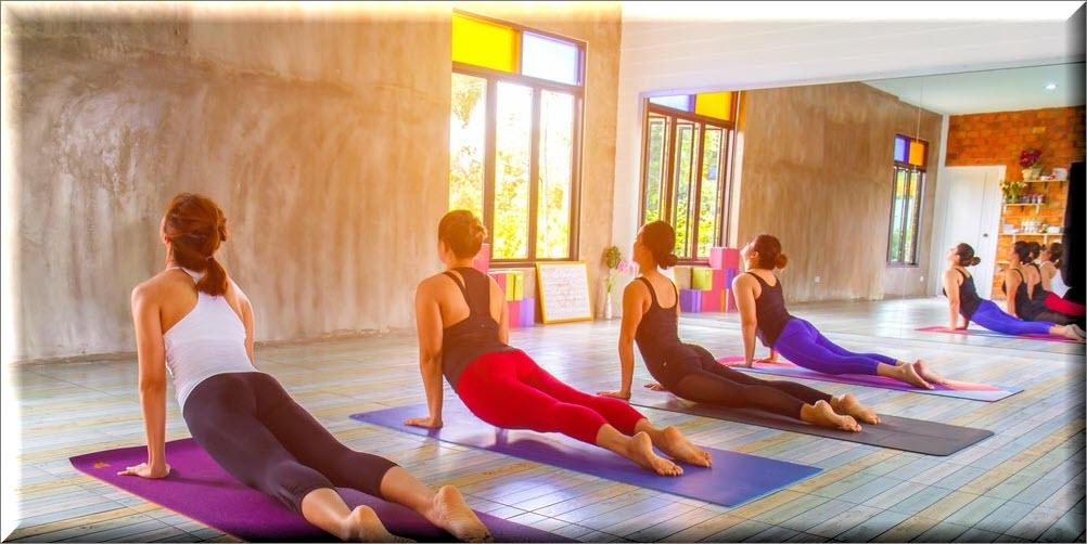 Top thảm tập yoga & dụng cụ hỗ trợ tập yoga tốt nhất hiện nay