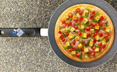 Bí quyết làm bánh pizza bằng chảo chống dính cực hấp dẫn