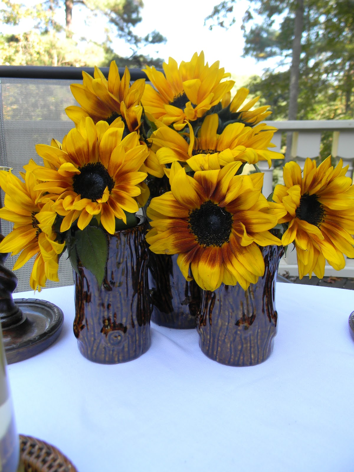 Brown And Yellow Living Room Decor: A Toile Tale: Brown And Yellow Sunflowers