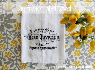 Make this fun DIY Sharpie French Label Towel to decorate your kitchen! Great gift idea too! french | farmhouse | interior decor