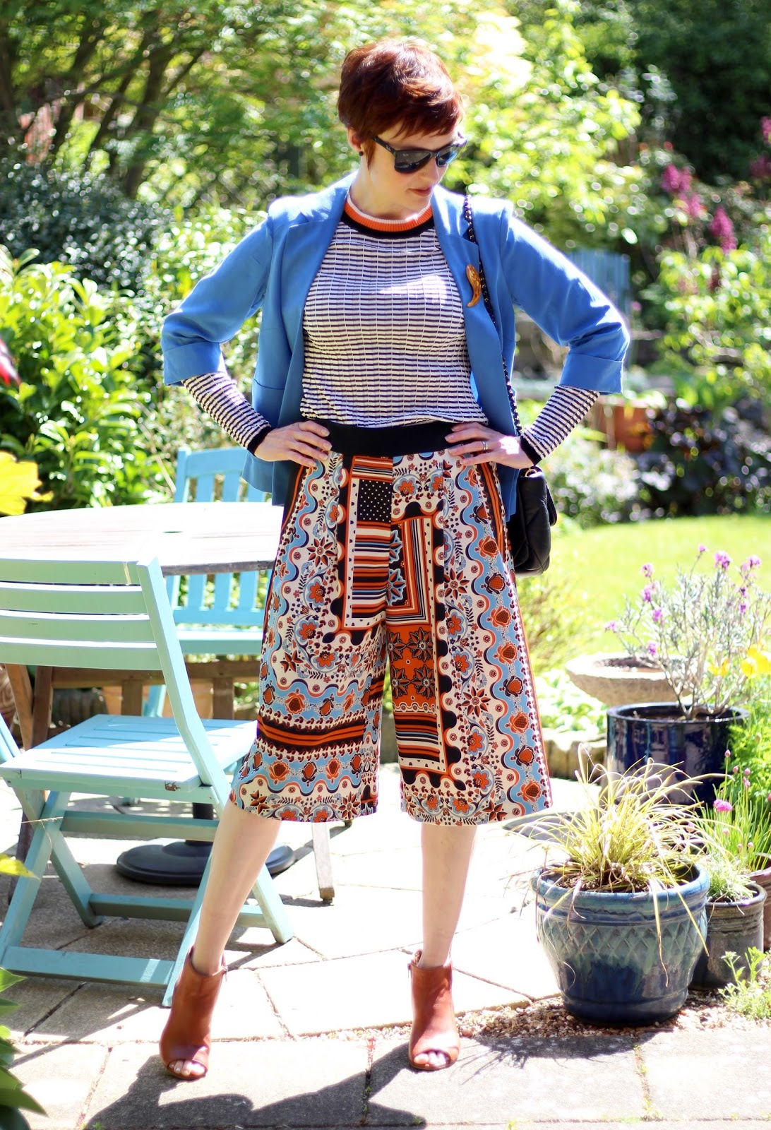 Bold Work Look | Patterned Culottes & Stripes | Black, White, Blue & Orange | Over 40 | Fake Fabulous