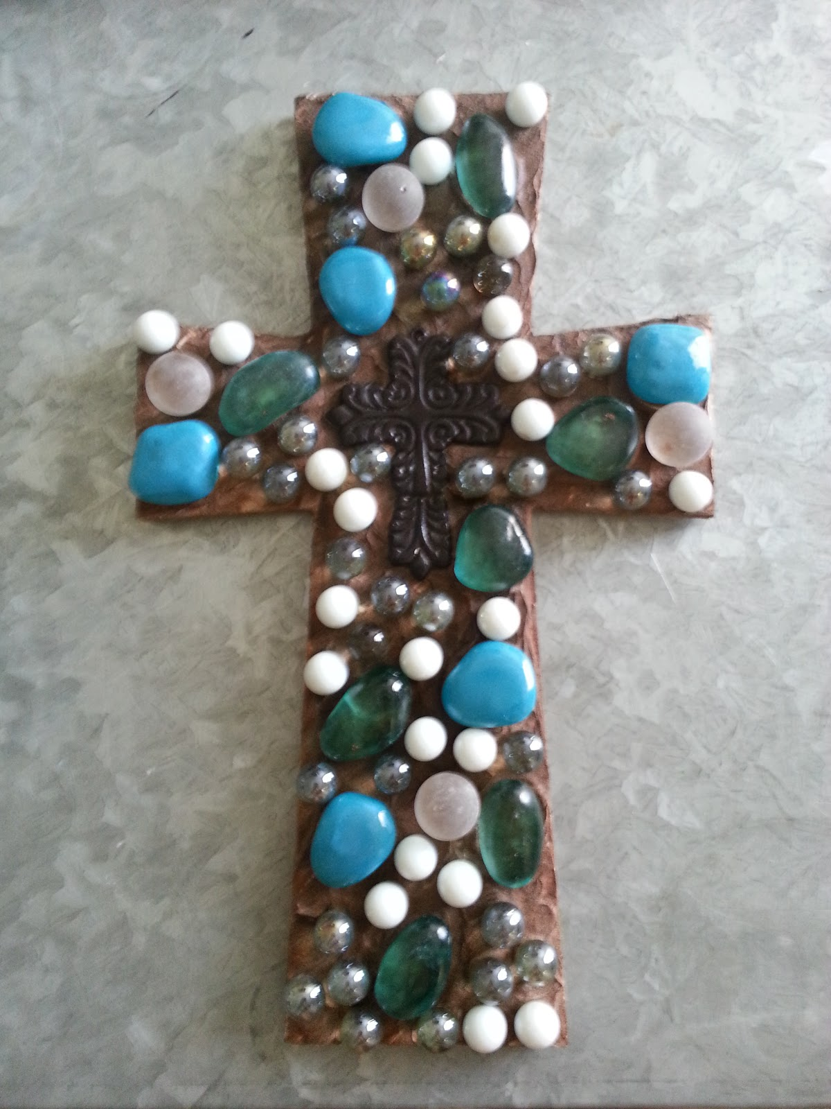 Connoisseur Of Creativity Diy Cross With Marbles
