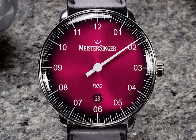 MeisterSinger Neo with red degradé dial