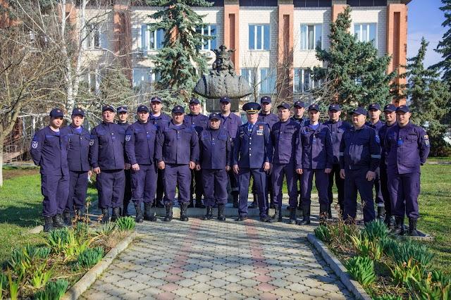 Salvatorii și pompierii marchează sărbătoare profesională Ziua Salvatorului