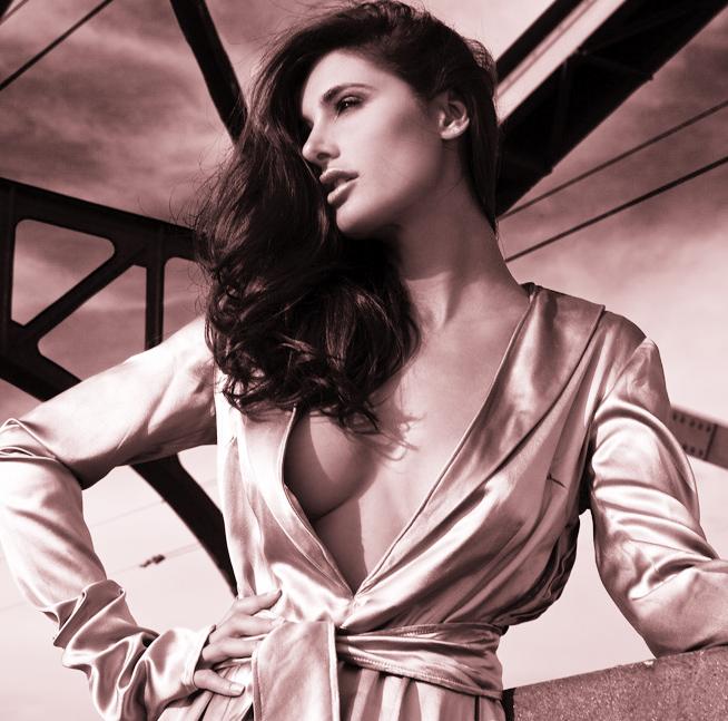 Kim Morgan Greene Nude Photos