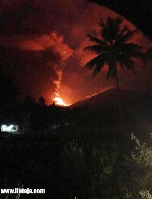 http://www.liataja.com/2018/10/foto-erupsi-gunung-soputan-yang-meletus.html