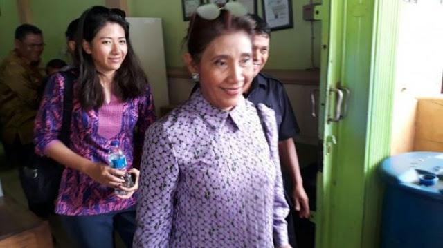 Meski Garang dan Suka Nyeleneh, tapi Menteri Susi Dengar Larangan Si Cantik Sang Asisten