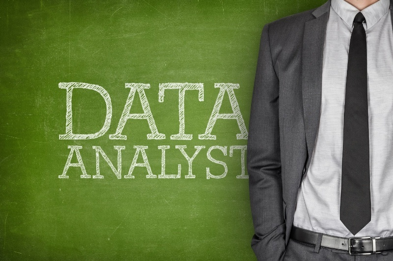 Top Skills Needed to Become an Expert Data Analyst