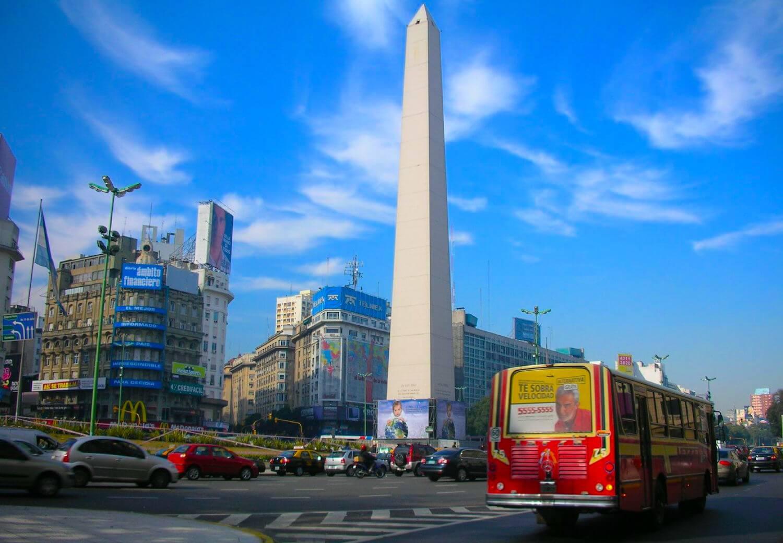 buenos aires obelisk avenida 9 de julio