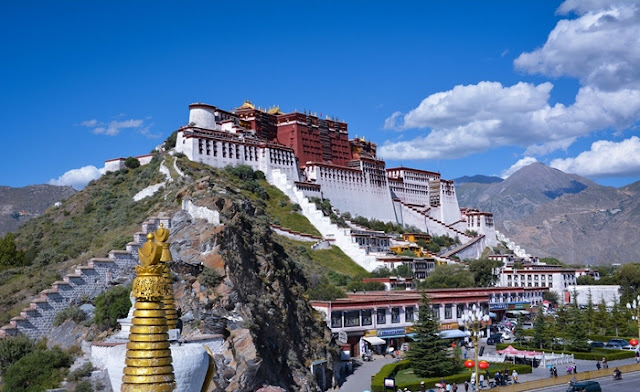 Top 5 Tibet Vacations Packages for 2020, Manasarovar Lake, Mount Everest, Tibet, Yamdrok Lake, Potala Palace, Sera Monastery, Lhasa, Travel