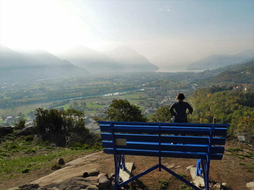 Panchina Gigante Blu Come Arrivarci E Sentirsi Piccoli Come Gulliver