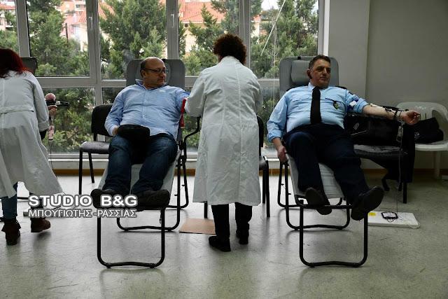 Με συμμετοχή η εθελοντική αιμοδοσία των αστυνομικών της Αργολίδας (βίντεο)