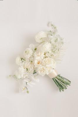 white bridal bouquet floral
