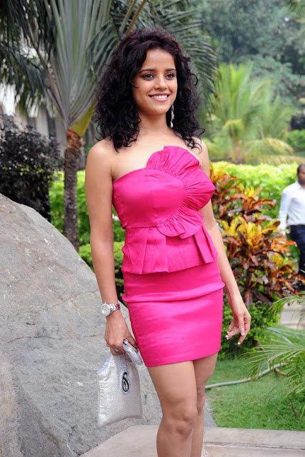 Piaa Bajpai  IMAGES, GIF, ANIMATED GIF, WALLPAPER, STICKER FOR WHATSAPP & FACEBOOK