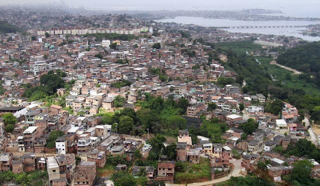 Dois irmãos gêmeos de 17 anos são mortos a tiros em Salvador