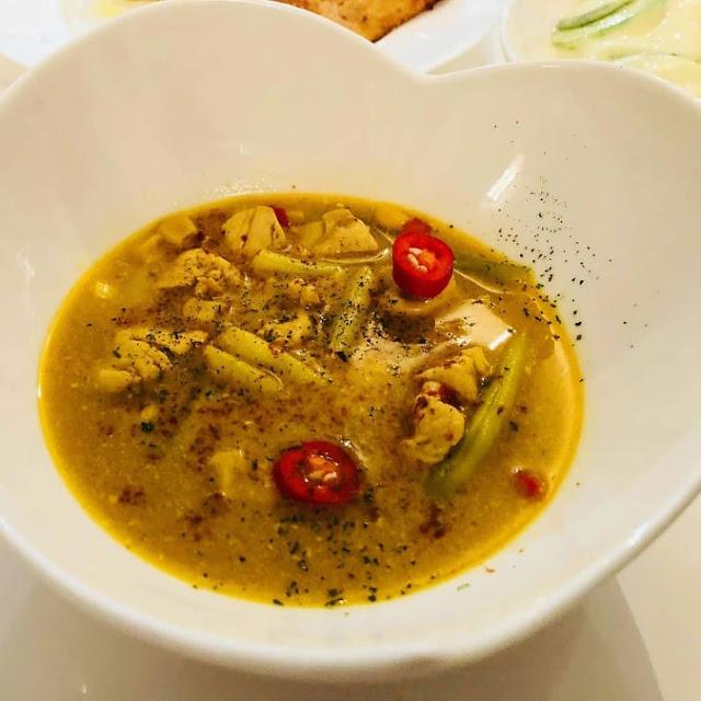 Szybka zupa orientalna z kurczakiem przepis