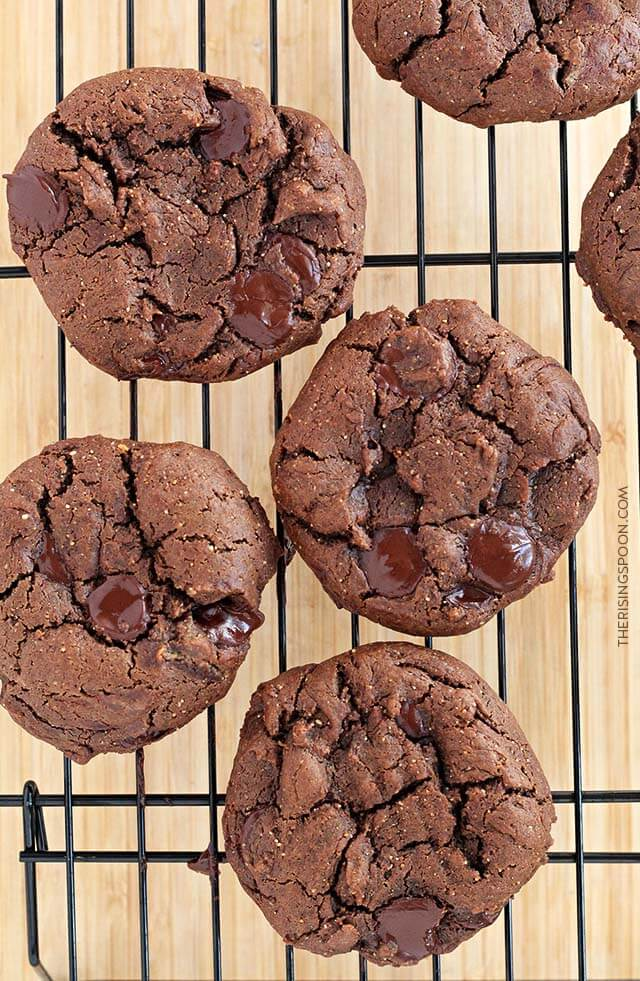 Double Chocolate Flourless Peanut Butter Cookies Recipe (Thick, Soft & Cakey)