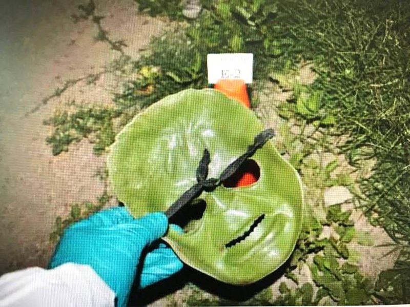 Con restos de ADN en máscara de disfraz identifican a autor de la muerte de un comerciante