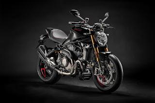 Ducati-Monster-1200-S-2