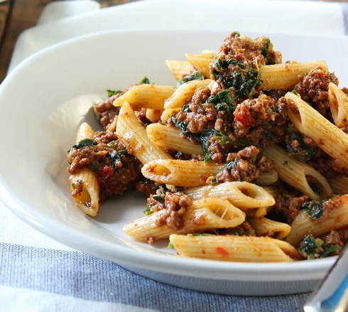 Slow Cooker Beef and Cheese Pasta #dinner #simplemeal