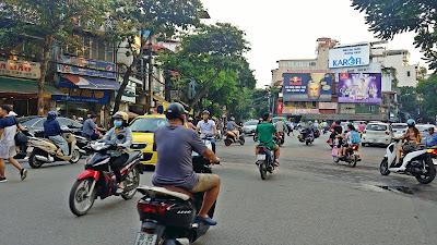 ruch drogowy w wietnamie Hanoi