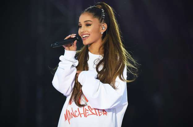 Ariana Grande Thanks Paris for Her First Show Back on Tour After Manchester Bombing
