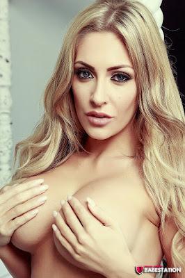 Ashley Emma big tits