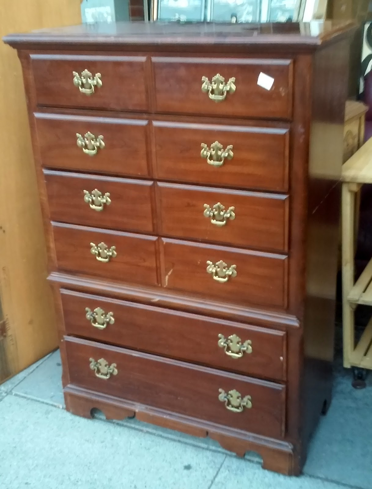 SOLD BARGAIN BUY 7913 Thomasville Winston Court 4 1 2 Tall Chest Of Drawers