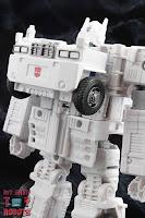 Transformers Kingdom Ultra Magnus 39