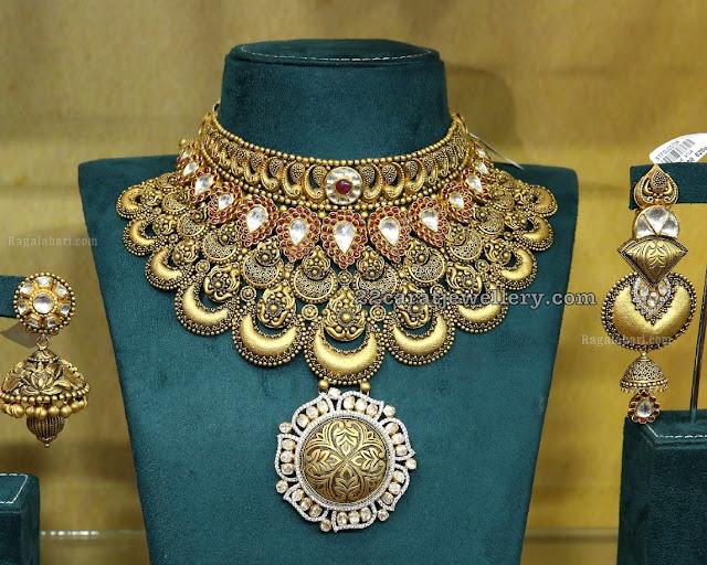 Grand Antique Bridal Set by Manepally