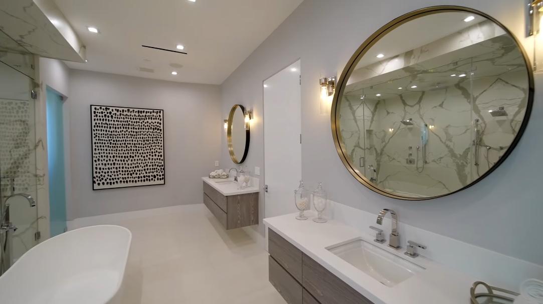 43 Interior Design Photos vs. 15205 De Pauw St, Pacific Palisades, CA Luxury Mansion Tour