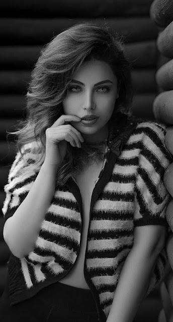 black and white wallpaper 4k  cute girl