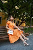 Rochie SunShine portocalie midi in clos