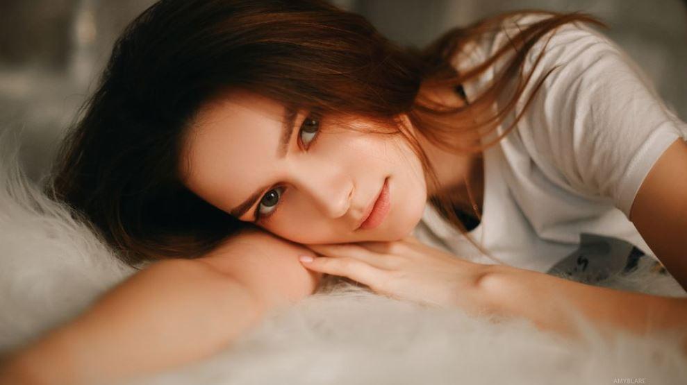 AmyBlare Model GlamourCams