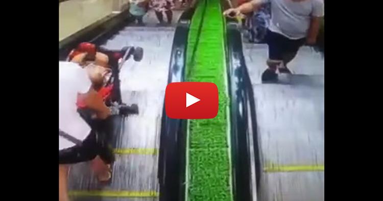 Sanggol na nasa stroller, nahulog sa escalator