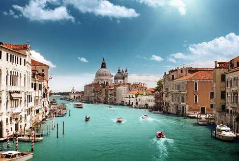 Perjalanan ke Kota Terapung Venice