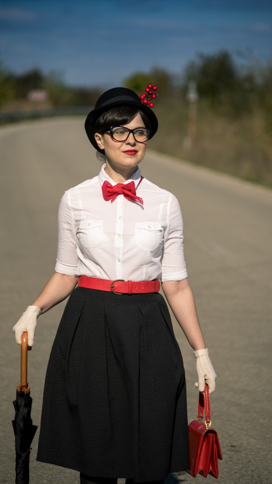 Miss Green: Easy DIY Halloween Costume - Mary Poppins