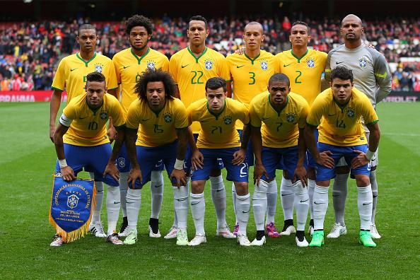 Formación de Brasil ante Chile, amistoso disputado el 29 de marzo de 2015