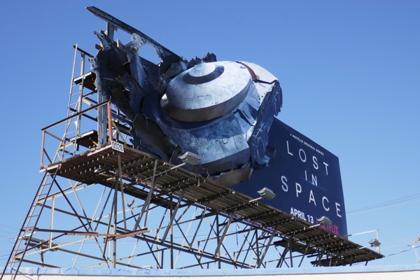 Lost in Space 3D crashed 3D ship billboard