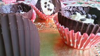 Шоколадови кошнички с бадемова паста